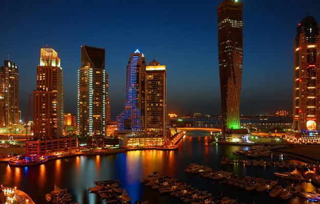 img1-hdr_dubai_marina_night_view_by_vinayan.jpg